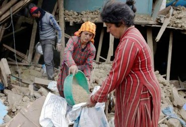 food defficiency caused by earthquake in nepal
